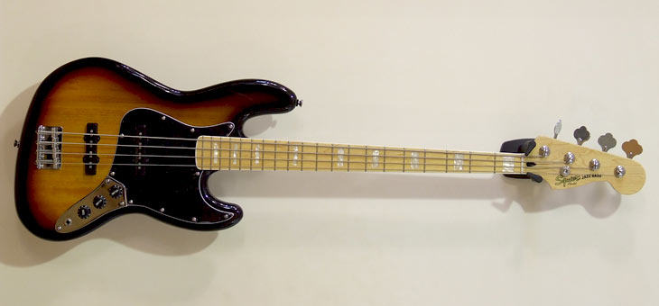 Fender - Squier Vintage Modified Jazz Bass '77
